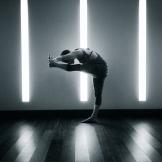 Clare Yoga 000
